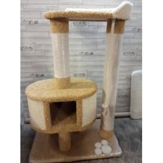 Комплексы для больших кошек с большими домиками лежанками и гамаками.