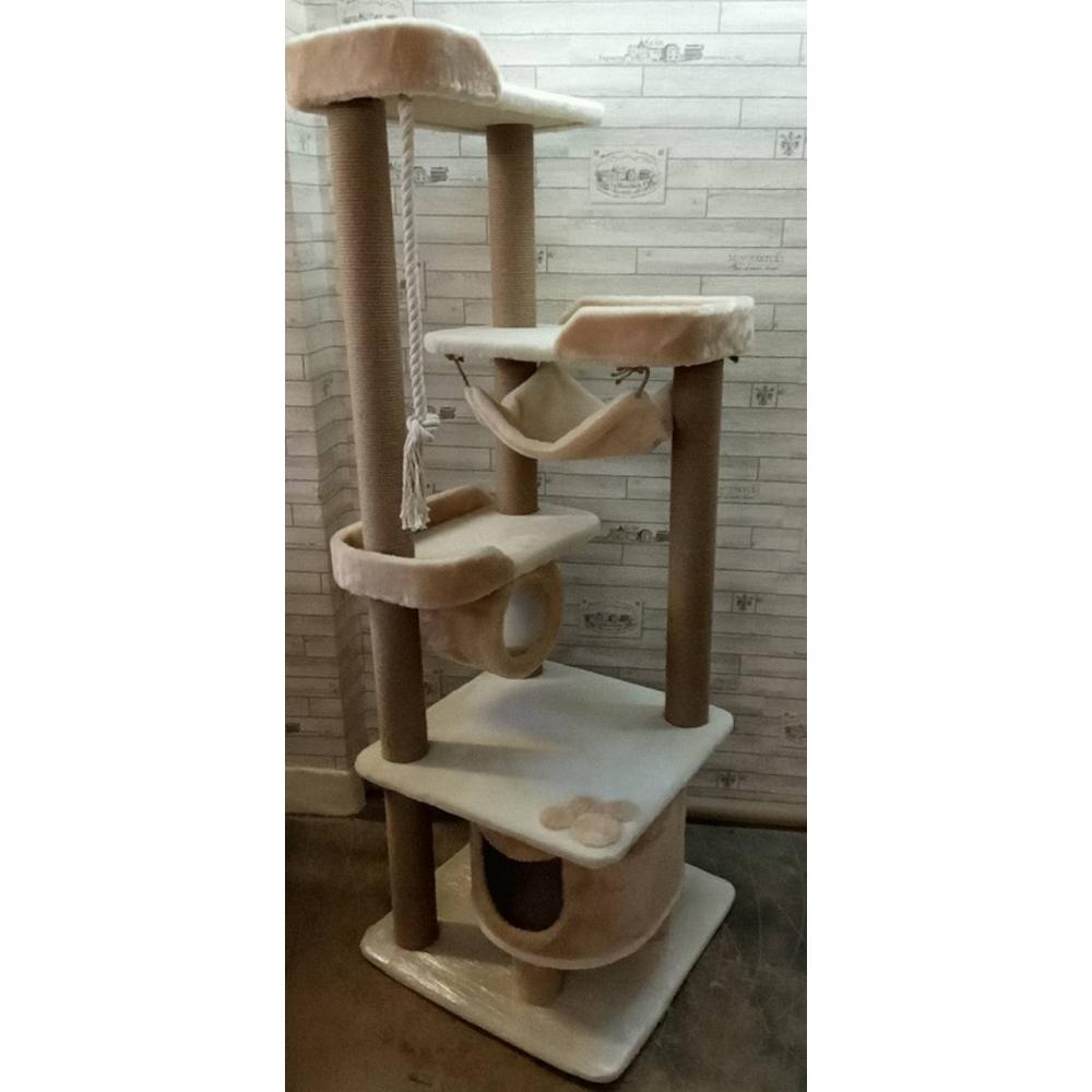 Высокий игровой комплекс для активных кошек